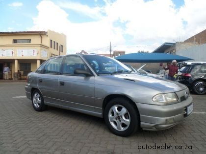 Price And Specification Of Opel Astra 1 8 For Sale Https Ift Tt 2himn4l Opel Maybach Benz