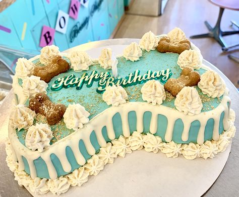 Fabulous Dog Birthday Cake Perfect For Your Favorite Dog Mom Order Online Funny Birthday Cards Online Necthendildamsfinfo