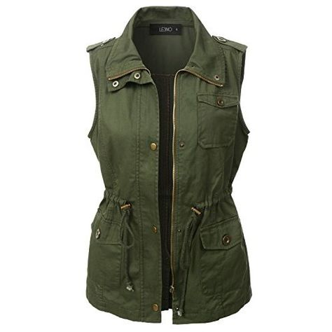 Give your outfit a flare of the military trend with our utilitarian green anorak vest. Layer our basic racerback tank top underneath with distressed skinny jeans for an effortless stylish look.