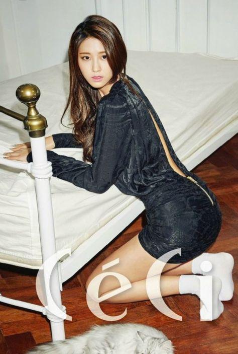 Fu YiYi Nude on Bed [Mygirl] 2014.08 | GravureGirlz