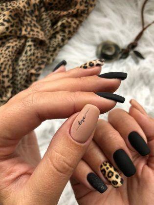 Winter Manicure 2019 2020 Trendy Winter Nail Art Design