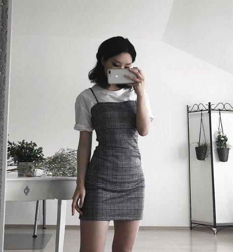 Outfits básicos para intentar cuando odias todo en tu armario