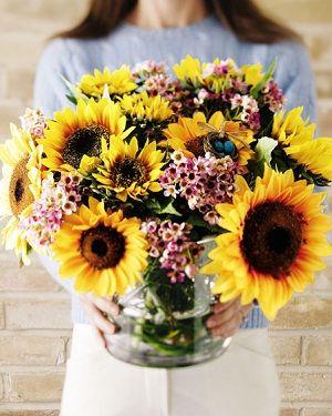 صور ورد اصفر رمزيات باقة ورد صفراء خلفيات ورد اصفر طبيعي مجلة رجيم Flower Arrangements Flowers Bloom