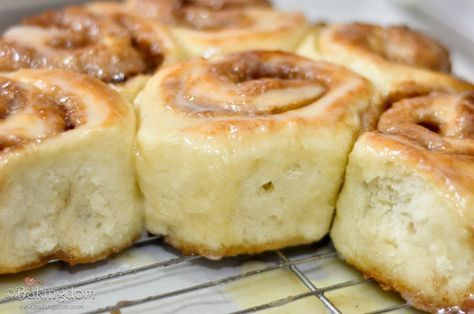 Fluffy Cinnamon Buns No Yeast Food Cinnamon Rolls Recipe Recipes
