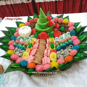 Menghias Aneka Jajan Pasar Dari Bahan Singkong Di Tampah Hiasan Kue Cantik Kue