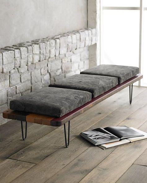 Pelz und Wood Schlafzimmer Bank. Skandinavisch Minimalismus Stil.  http://wohn-designtrend.de/