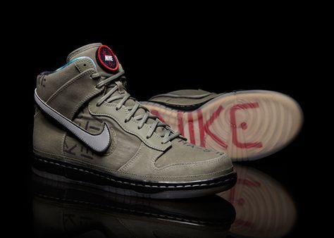 Big Nike Dunk High Quickstrike