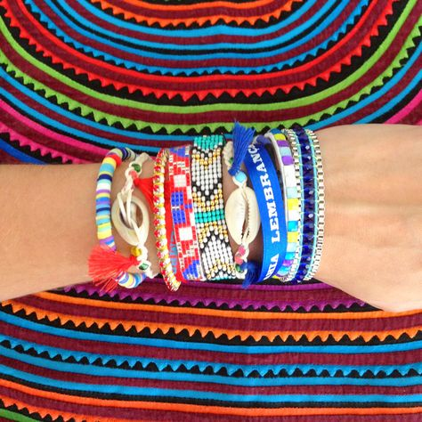 hipanema armparty by Nueve Musas panamanian mola on the back <3