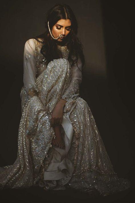Bollywood fashion 613615517966910161 - Source by Pakistani Couture, Pakistani Wedding Dresses, Pakistani Outfits, Indian Dresses, Indian Outfits, Pakistani Bridal Wear, Pakistan Fashion, India Fashion, Asian Fashion