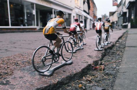 Hitchin high street, cycling tour, Flandrien bike