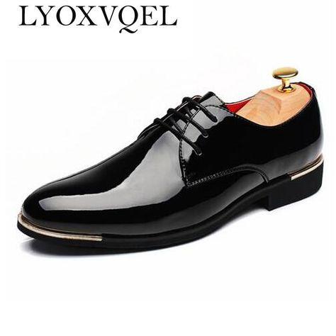 a073b8b3e88d3a Pas cher Hommes Chaussures Bout Pointu Robe Brillant Chaussures De Mariage  En Cuir Verni Casual Solide De Luxe Marque Richelieus Chaussures Plus La  Taille ...