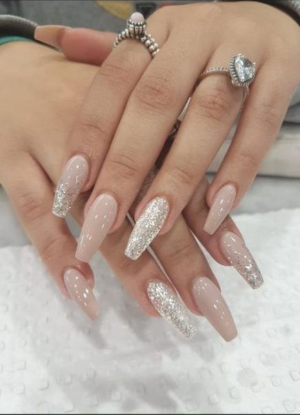 Birthday Nails Acrylic Manicures 21 Super Ideas Birthday Nails Acrylic Manicures 21 Super Ideas Nai Stylish Nails Designs Nail Colors Winter Silk Wrap Nails