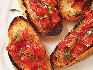 Caroline Manzo's Tomato Bruschetta