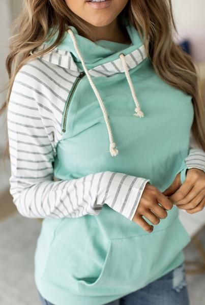 Baseball DoubleHood™ Sweatshirt Mint to Be | Chic winter
