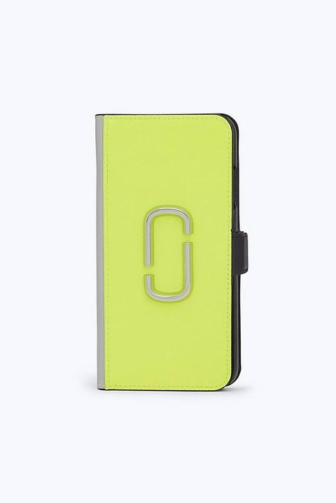 official photos 0e3a5 f33a1 Marc Jacobs Snapshot iPhone XS MAX Case in Bright Yellow Multi ...