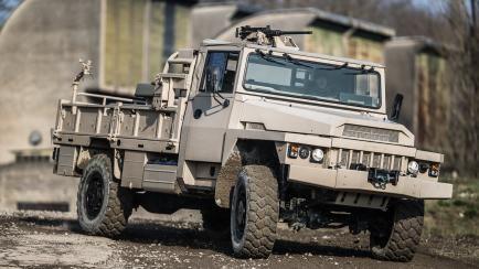 Torpedo Vlra Forces Speciales Pour Les Conditions Extremes Arquus Vehicules Militaires Forces Speciales Francaises Forces Speciales