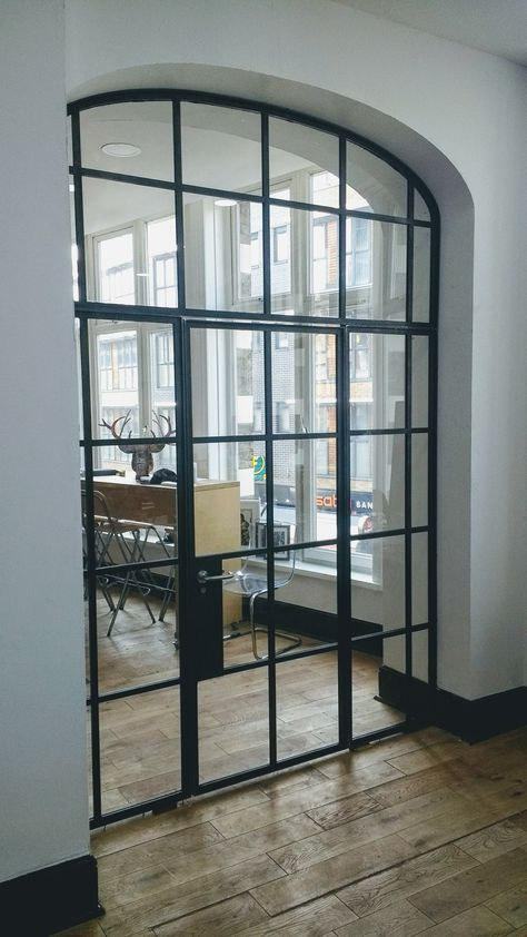 glass wall and door for an office in shoreditch,london.design+weld, Hause deko