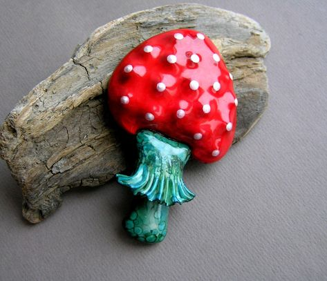 Red mushroom brooch Statement pimpled brooch Amanita muscaria pin Toadstool accessories Large big mushroom brooch by BRAGAjewelry on Etsy