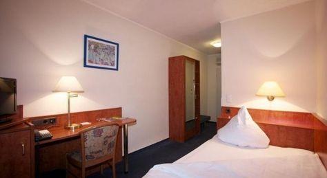 Falk Hotel - 3 Star #Hotel - $64 - #Hotels #Germany #Frankfurt #Bockenheim http://www.justigo.com.au/hotels/germany/frankfurt/bockenheim/eaziresfalk_208945.html