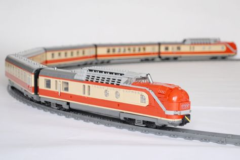 LEGO MOC of the famous German Trans Europ Express in with 3 Power Functions motors and LEGO LEDs, plus non-LEGO LEDs for the interior lights. The complete set comes with 6 units and is ca.
