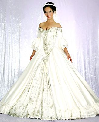 lord of the rings inspired wedding dress Lord of the Rings