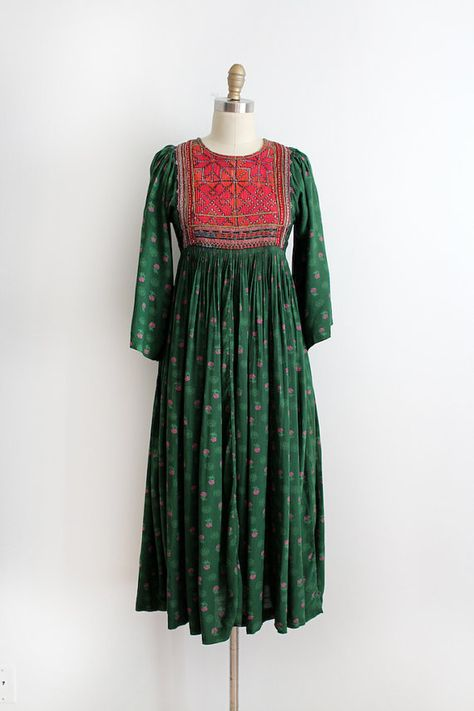 Beautiful Indian cotton dress from the 1970s.