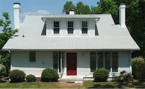 Houses With Owens Corning Shasta White Roof Google Search Home Exterior Makeover Southern Farmhouse Roof Shingles
