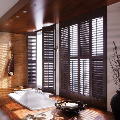 Fenster Lamellen In Edler Holzoptik Als Sichtschutz Fur Das Badezimmer Badezimmer Ohne Fenster Fenster Lamellen Sonnenschutz Fenster Innen
