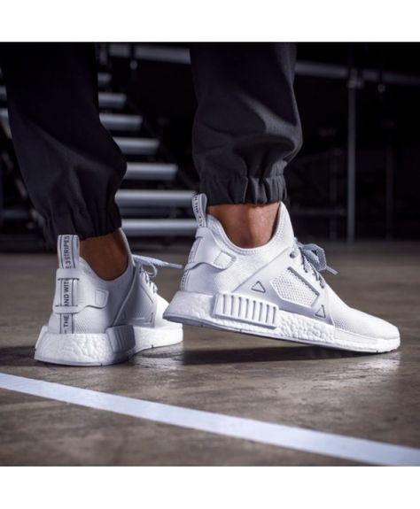 oben Men's sports shoes Cheap adidas NMD XR1 Trainer [White  liefert