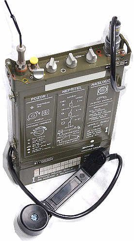 Czechoslovakian Army RF-10 Takt 1 HF backpack radio