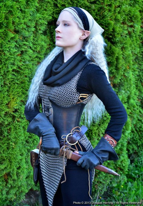 f Wood Elf Chain Armor Dagger Cosplay Oberonsson on Art lg Female Armor, Female Knight, Fantasy Armor, Fantasy Dress, Knight Costume, Wood Elf Costume, Armadura Medieval, Female Character Design, Cool Costumes