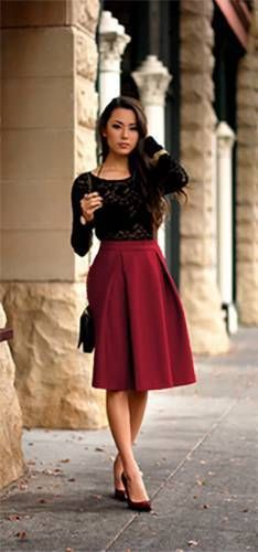 6a896be3c0a 40+ Everyday Spring Outfits To Copy Right Now | Color board - RED - Skirt  fashion, Fashion en Burgundy skirt