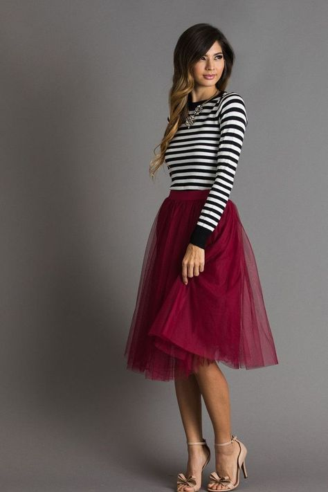 Eloise Burgundy Tulle Midi Skirt - - Holiday Outfit Inspiration, Women's Holiday Party Outfits, Special Occasion Dresses, Women's Boutique, Women's Fashion Source by dorahayo Holiday Party Outfit, Holiday Dresses, Special Occasion Dresses, Casual Holiday Outfits, Work Christmas Party Dress, Holiday Parties, Holiday Ideas, Holiday Skirts, Christmas Dresses