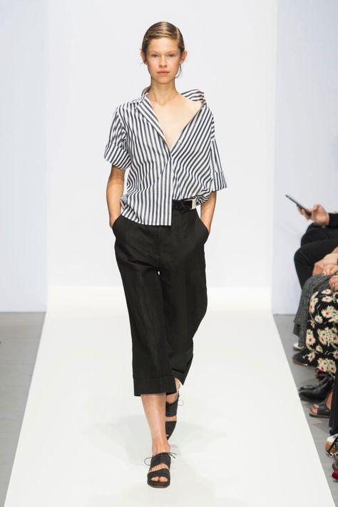 Margaret Howell at London Fashion Week Spring 2017 - Runway Photos