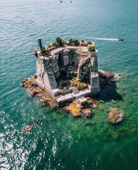 Scola Tower, Italy - Imgur