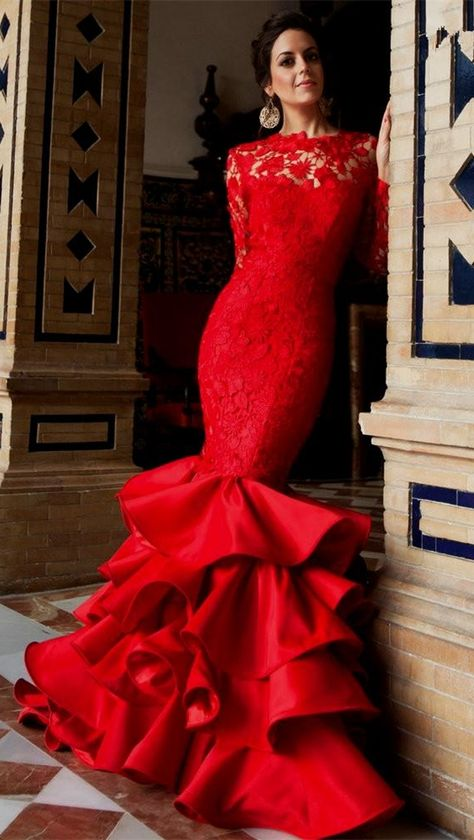 Mermaid Long Sleeves Backless Lace Prom Dress Tiered Red