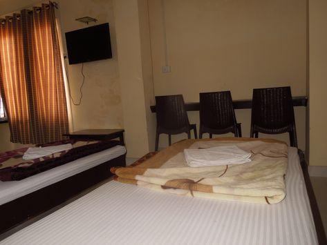 Hotel Madhura Inn Visakhapatnam Andhra Pradesh India Is The Best 2 Star Hotel In Visakhapatnam City Book Now And Get Discou Dibrugarh Hotel Andhra Pradesh