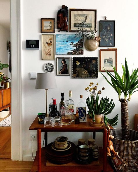 How to Walk the Thin Line Between Chic Maximalism and Hoarding | Hunker #InterestingThings