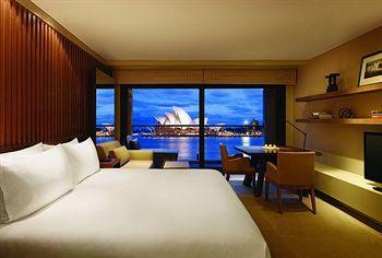 Park Hyatt Sydney The Rocks The Most Amazing View Of The Opera House Sydney Hotel Luxury Hotel Park Hyatt