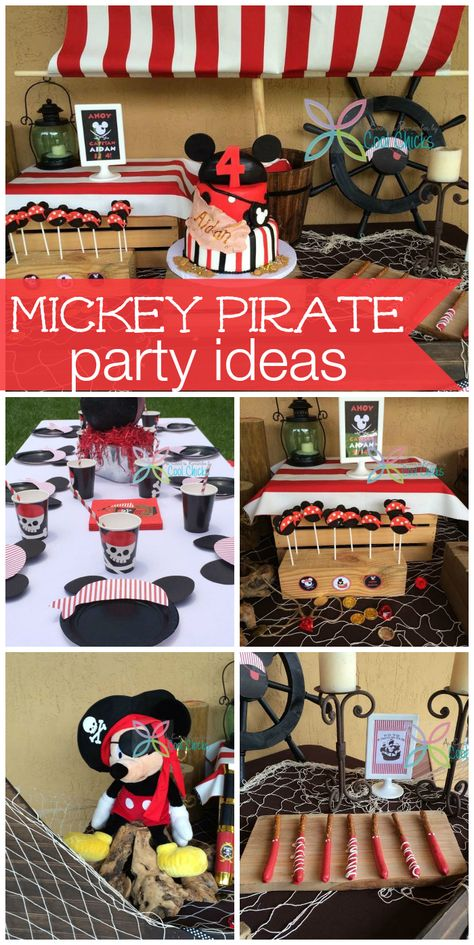 How great is this Mickey Mouse and #pirate themed #party?