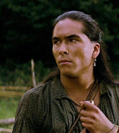 Eric Schweig Last Of The Mohicans Circa 1993 Native American Actors Native American Music Native American Men Locul nașterii inuvik, northwest territories, canada. eric schweig last of the mohicans circa