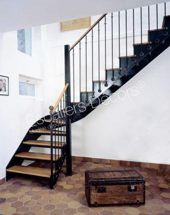 Escalier 1 4 Tournant Escaliers Decors Avec Images Escalier