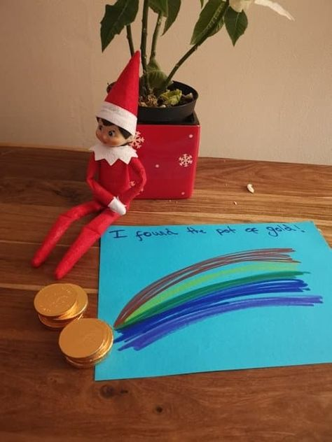 Elf on the Shelf finds gold chocolate at the end of the rainbow Christmas Countdown, Christmas Elf, Christmas Crafts, Xmas, Christmas Tables, Nordic Christmas, Modern Christmas, Awesome Elf On The Shelf Ideas, Bad Elf