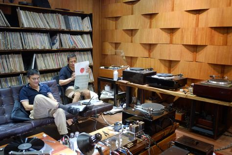 listening room | JE Labs: Listening Room - Harana Audio