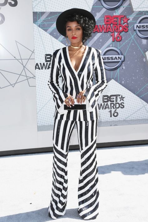 Ready for some serious outfit inspo? The 2016 BET Awards were tonight and the red carpet was on fire with stylish looks from some of our fave celebs. We picked our faves—check them out!Andra Day (image)Frederick M. Brown/Getty Images Janelle Monae (image)Frederick M. Brown/Getty Images Gabrielle Union
