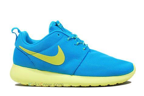 bbdd6f2a42ad ... ebay nike roshe run santa monica blue sky print exclusive unisex sports  want these so much