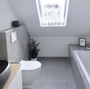 Dachschrage Fenster Graues Badezimmer Betonoptik Fliesen Grey Bathrooms Concrete Look Tile Bathroom Inspiration