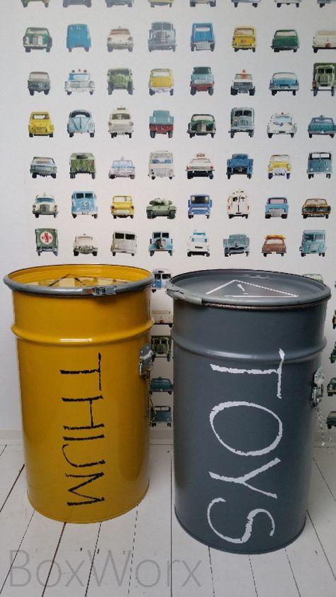 speelgoed opruimen / opbergen in stoere vaten met eigen keuze van kleur en tekst! Super leuk in de kinderkamer!