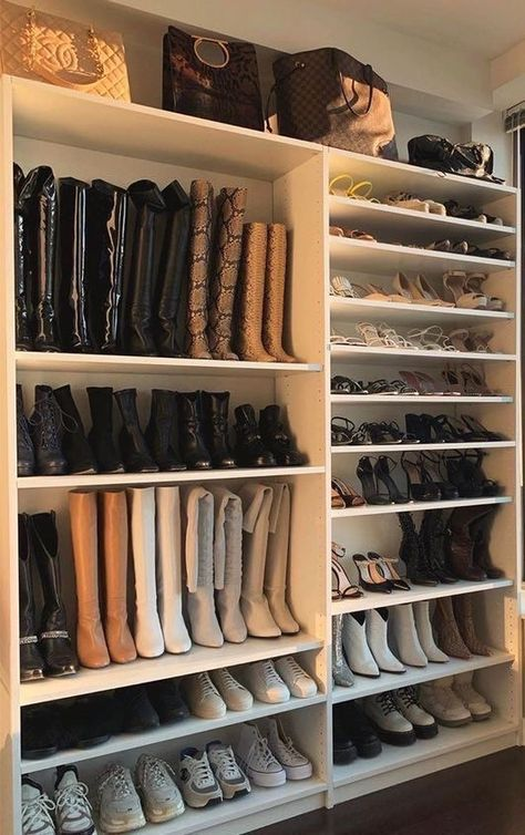 Dream Home Design, House Design, Dream Apartment, Closet Designs, Aesthetic Rooms, Beige Aesthetic, Home Organization, Perfume Organization, Room Inspiration