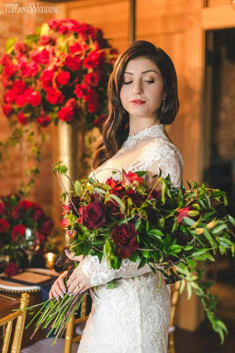 Rich Red and Gold Wedding Ideas | ElegantWedding.ca